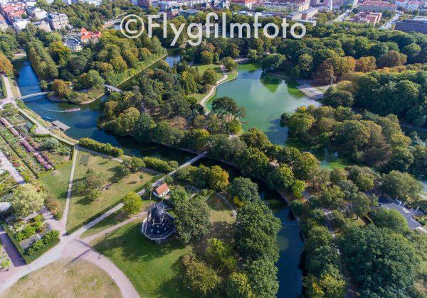 Slottsparken, Kungsparken, Malmö, park, Parker, kanal, väderkvarn, mölla, grönska, träd, trädgård, damm, malmö, drönare, flygfoto, flygbild, flygfilmfoto, drone, aerial, aerial photography, dii, phantom4
